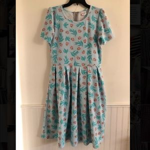 LuLaRoe lady bug dress 👗
